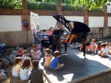 Un any més, el piano del Maria Canals als Jardins de cal Milionari